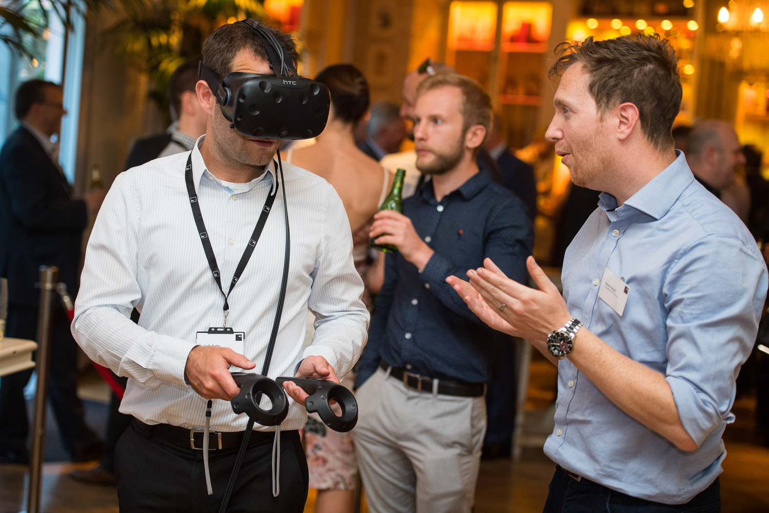 Manchester event Photography Staff Summer Party using virtual reality at Australasia restaurant manchester for ISG construction photography by Jon Parker Lee